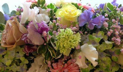 Amber Rose Flowers