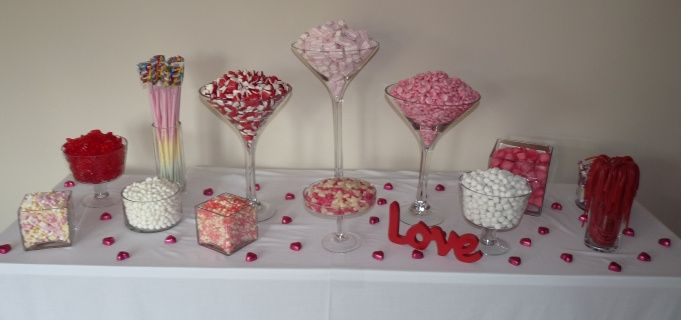 Pink and Red Theme Buffet