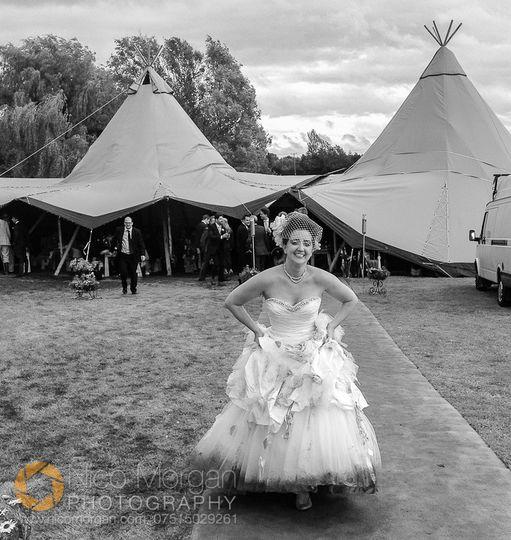 Wet Warwickshire wedding
