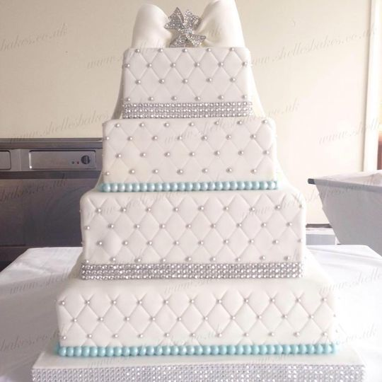 4-tier bling bow