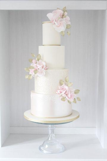 Pink shimmer cake