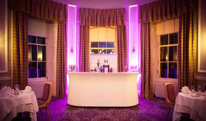 Stirred Up Bars - Bar Hire