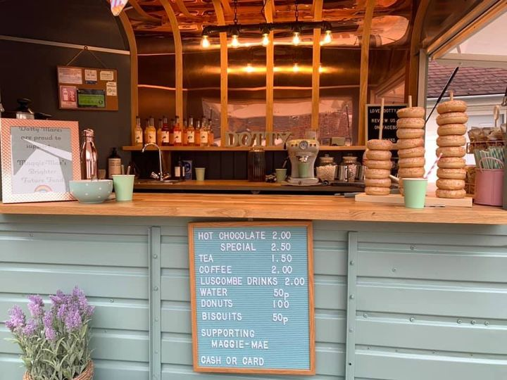 Dotty Mares - Bar Hire