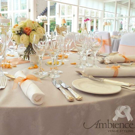 Table in Peach/Grey