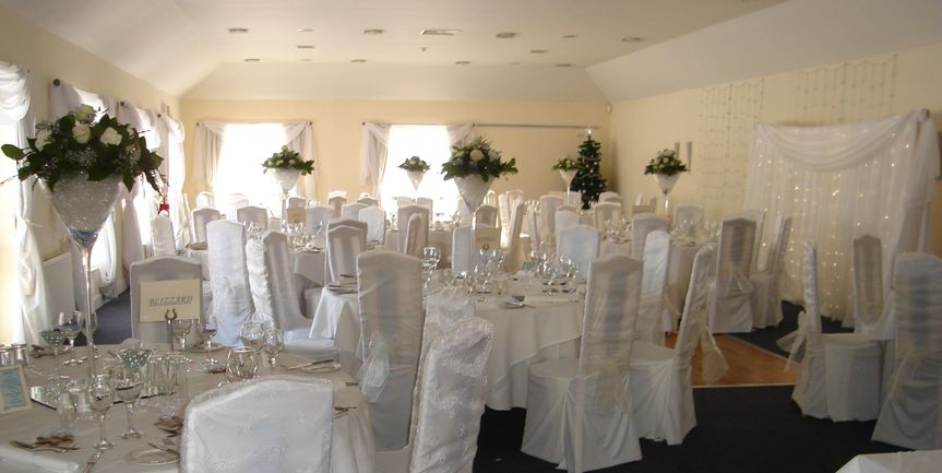 Tablecentres, chair covers, drapes