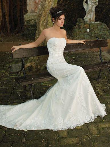 36b8e7a29d19 Vonlee Bridal Hire - Wedding dress Sensuous Fishtail