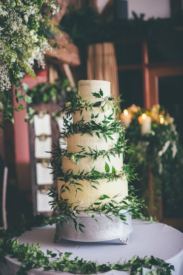 Buttercream with green leaves