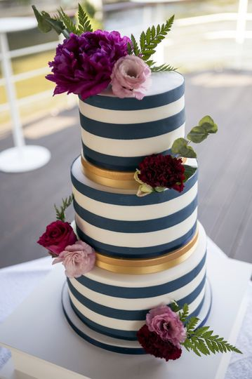 Nautical stripe and gold