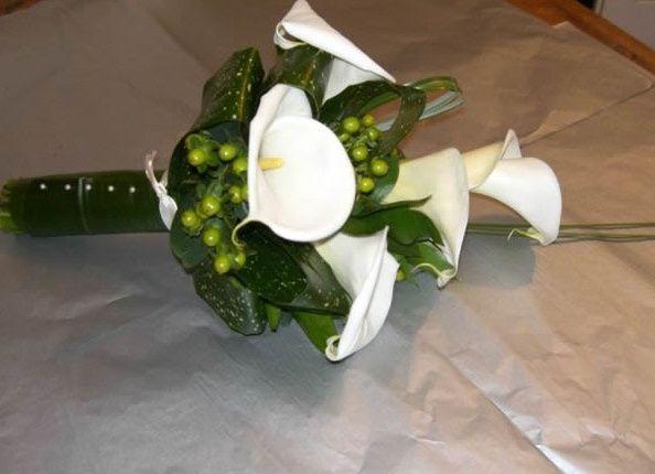 Arum lily hand tie