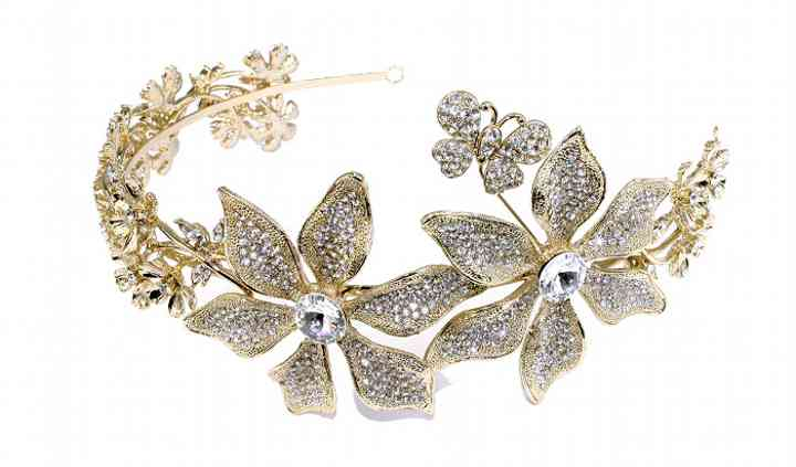 Damselle Tiaras & Wedding Accessories