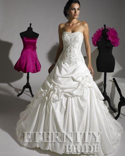 Sweetheart taffeta gown