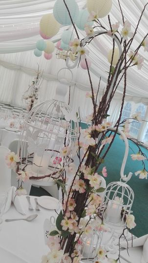 Bespoke handmade table centres