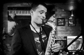 Perry Jackson - Saxophonist