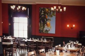 The Lansdowne Pub & Dining Room