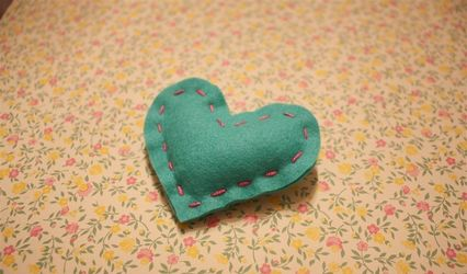 Heart Brooches as Wedding Favours