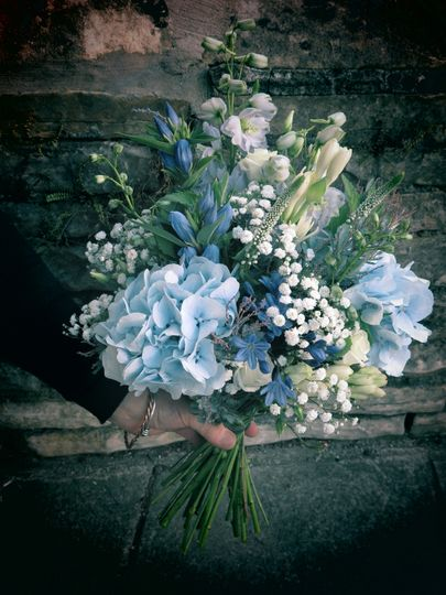 Blue and white mixed bouquet