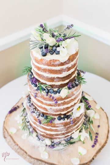Berries and lavender naked cake