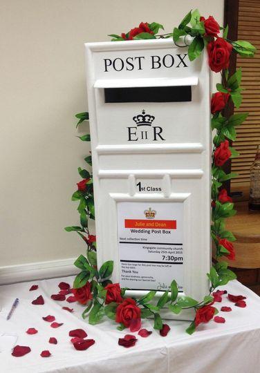 3ft lockable postbox