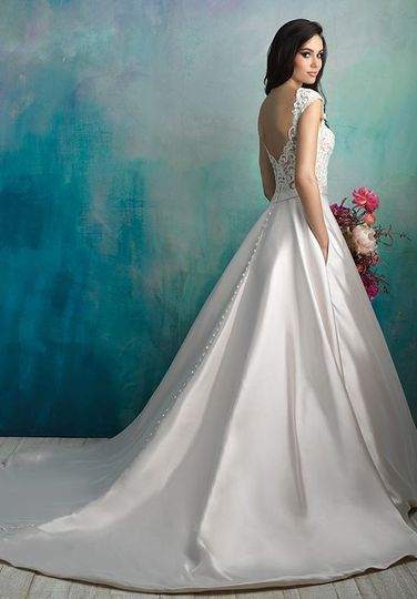 Allure Bridals 9524