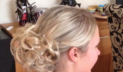 The Hair & Beauty Hub 1