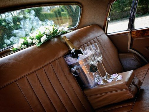 Luxurious Interior Morris Ten Saloon