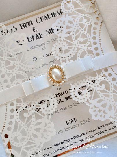 Ivory & Gold Gatsby