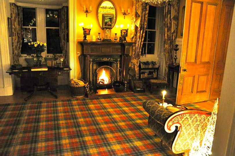 The cosy Drawing Room