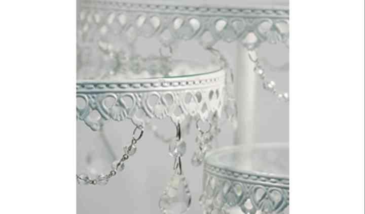 Crystal pedestals