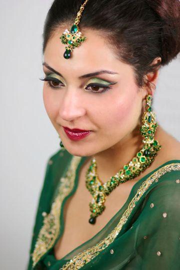 Preeti Bains- Makeupartist