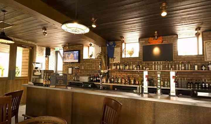 Byre bar counter