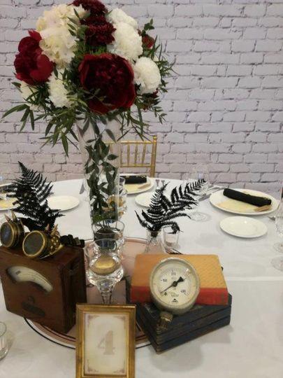 Funny Steampunk Wedding - deco