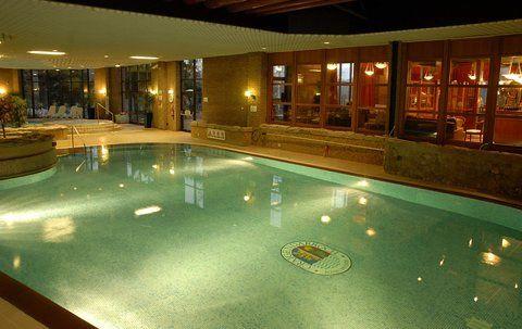Hotel Lagoon Swimming Pool