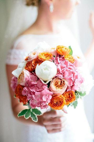 Stunning bright bridal bouquet