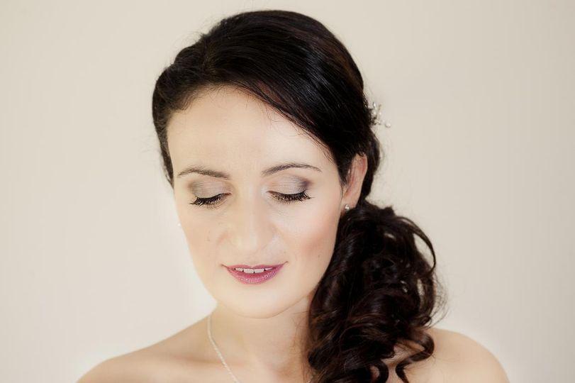 Julia hair and make up