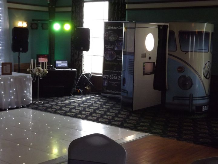 Dancefloor and booth package