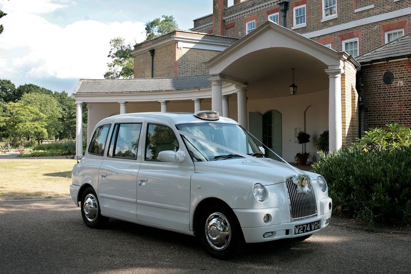London Taxi Modern From Lux Wedding Car Hire Photo 15