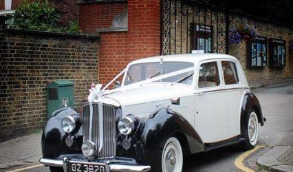 Lux Wedding Car Hire 1