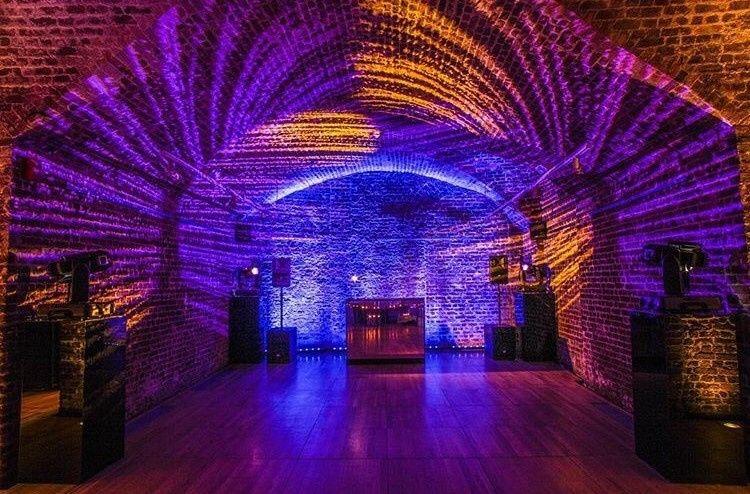 DJ in Vaults