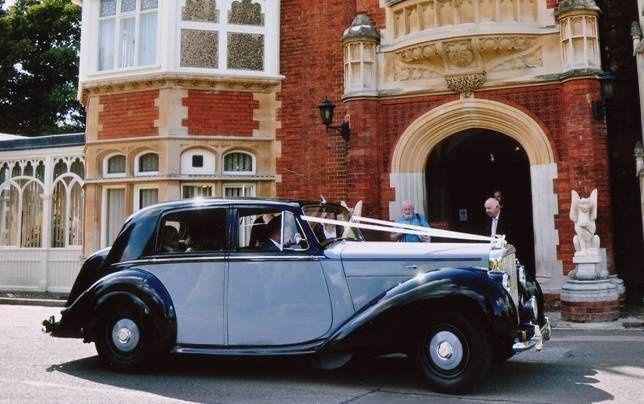 Elegant Wedding Cars