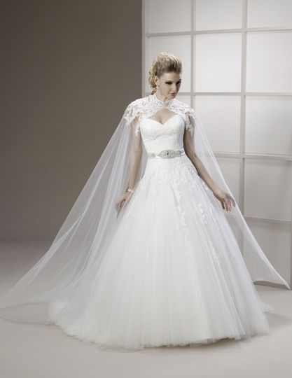 Full tulle skirt with cape
