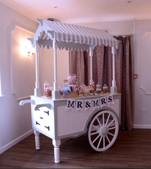 Candy Cart From The Wooden Wedding Company Photo 1