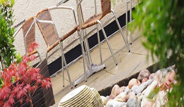 Rosspark Hotel terrace