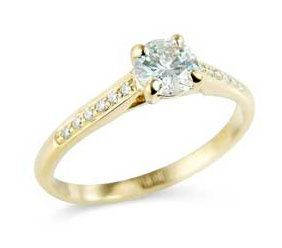 Round brilliant cut ring