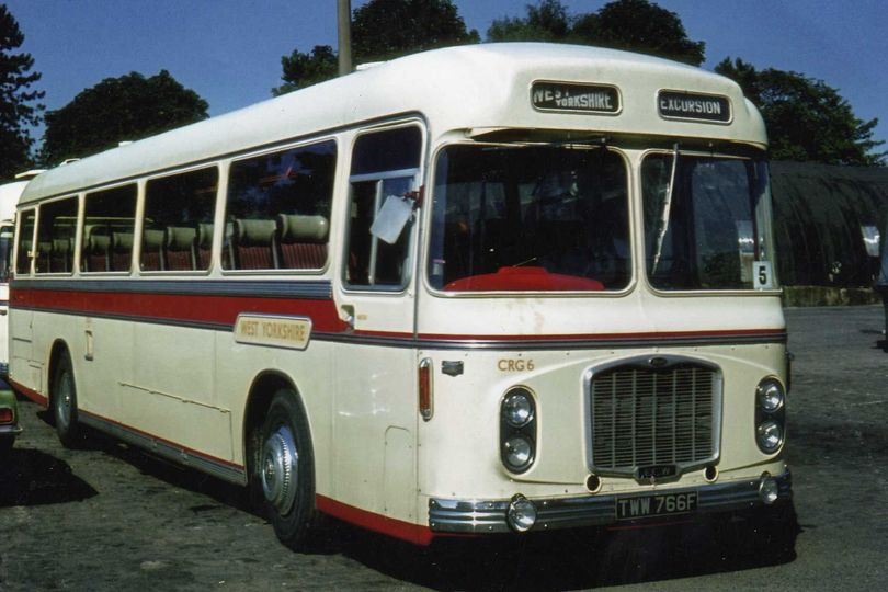 47 seat classic coach