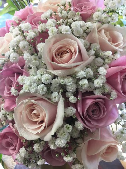 Pink rose gypsophilla bouquet