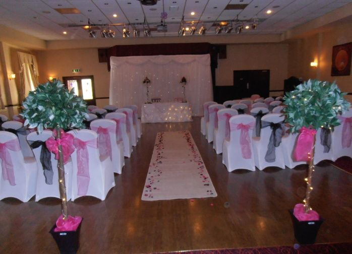 How To Decorate A Conference Room For Wedding Ceremony
