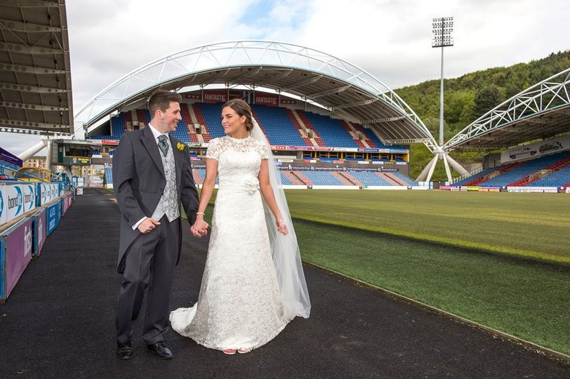 John Smith's Stadium happy couple