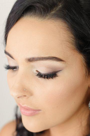 Natural bridal winged liner