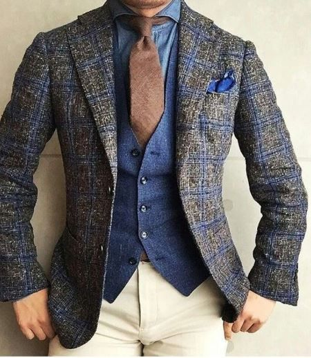 Contrasting suit