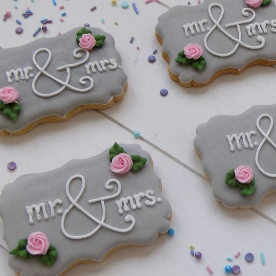 Mr & Mrs Biscuits